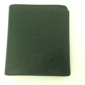 Louis Vuitton Green Taiga Leather Mens Wallet
